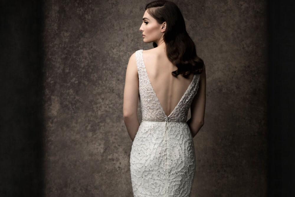 enaura-bridal-kinsley-beaded-v-back-fitted
