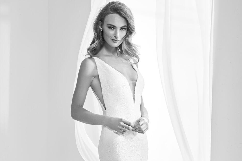 pronovias-racimo-plunging-neckline-bridal