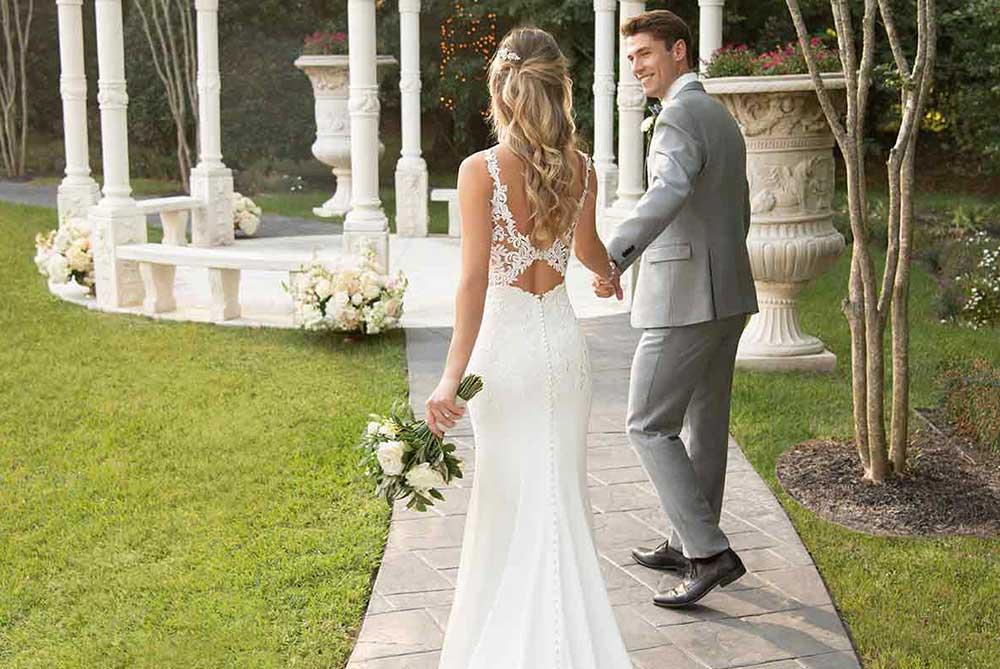 stella-york-crepe-lace-wedding-dress