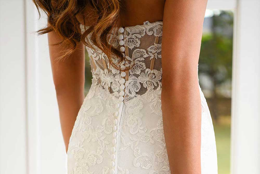 stella-york-wedding-dress-sparkle-and-lace