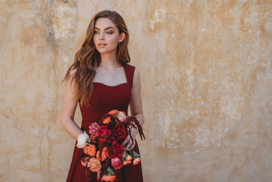 5 Fall Bridesmaid Dress Colors that are Seriously Perfect for 2021 Weddings