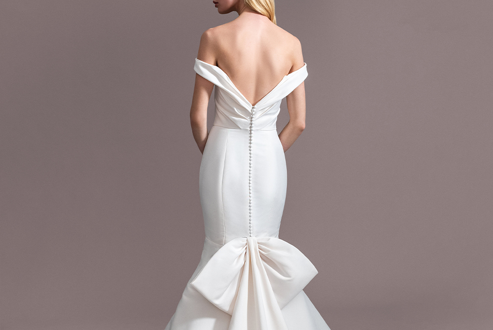 allison-webb-whitley-elegant-wedding-dress-bow-laura-and-leigh-bridal