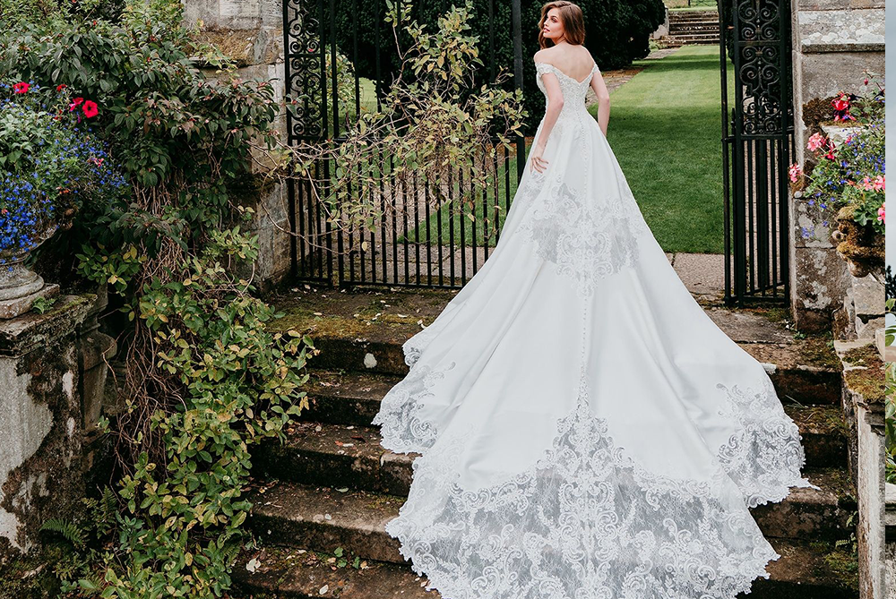 allure-couture-c564-dramatic-cinderella-ballgown-wedding-dress-laura-and-leigh-bridal