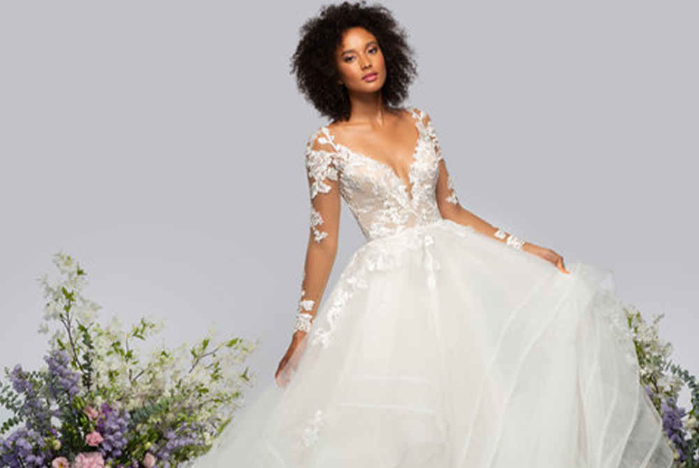hayley-paige-wrigley-long-sleeve-ball-gown-wedding-dress-laura-and-leigh-bridal