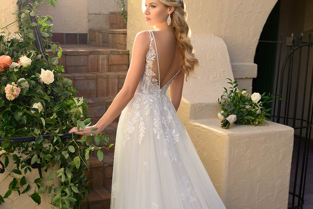 stella-york-7083-romantic-boho-wedding-dress-laura-and-leigh-bridal